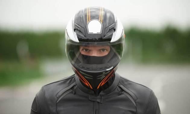 Tips Membeli Helm Online Pilih Helm yang sesuai ukuran kepala