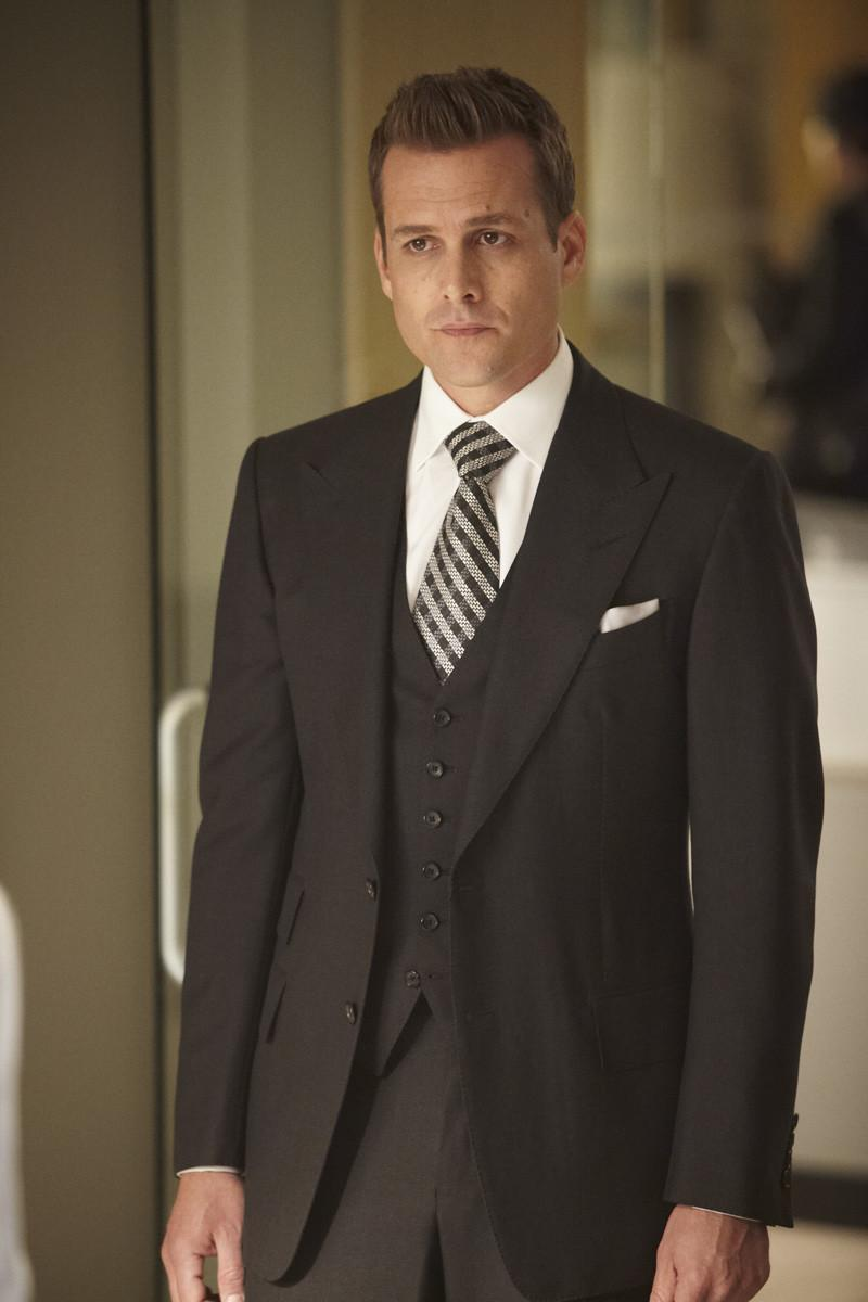 harvey specter from suits how to dress like harvey harvey specter from suits how to dress