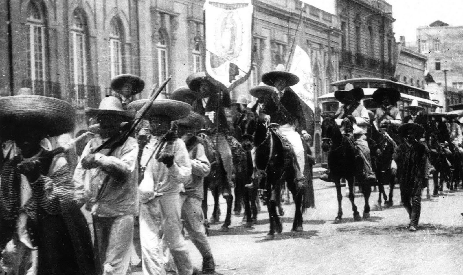 """Resultado de imagen para """"Zapatistas portando estandarte de la Virgen de Guadalupe"""