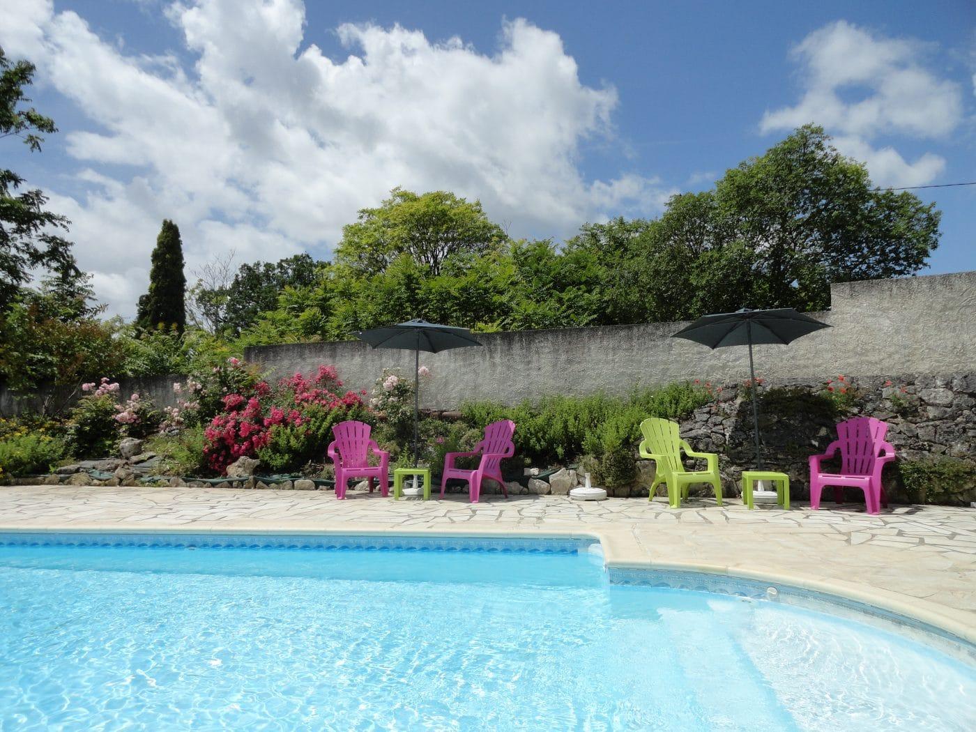 spa piscine lot dordogne détente famille