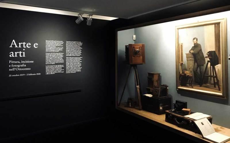 L'ingresso della mostra Arte e arti – Photo: MaSeDomani