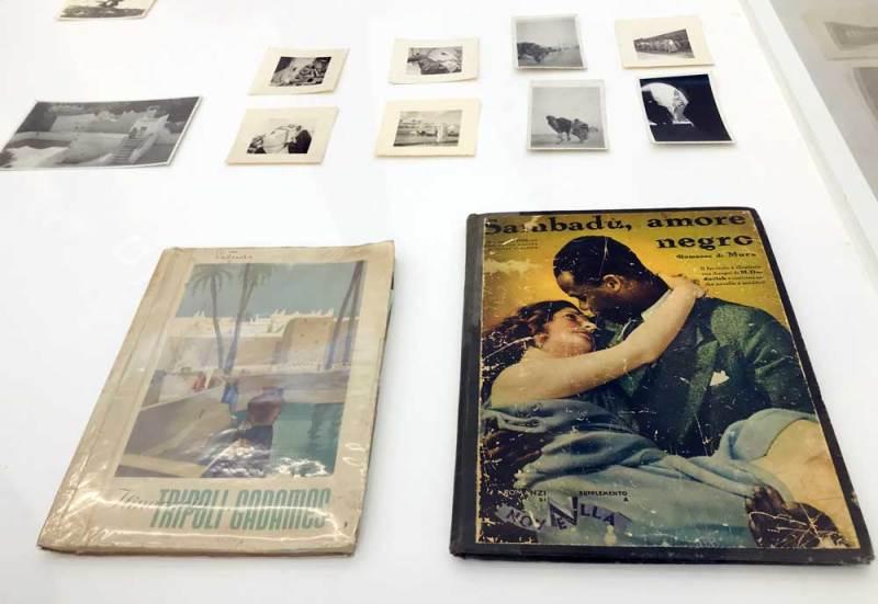 A destra il libro-scandalo illustrato (all'interno) da Marcello Dudovich - Photo: MaSeDomani