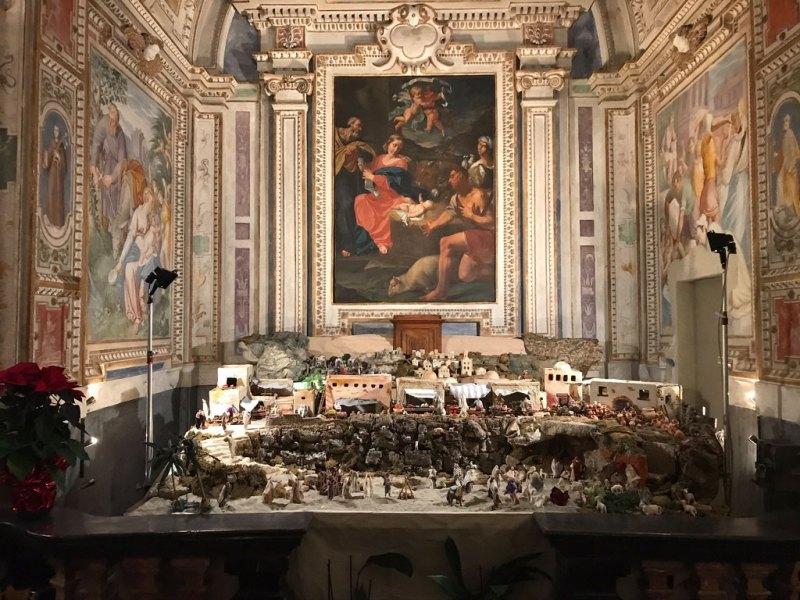 Presepi a Lugano: quello artigianale nella chiesa di San Rocco © MaSeDomani
