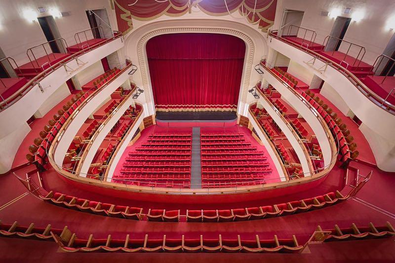 Il Teatro Duse di Bologna riprende gli spettacoli con TRASCENDI E SALI. Ph press office