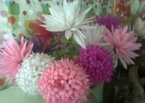 Bunga plastik dari sedotan