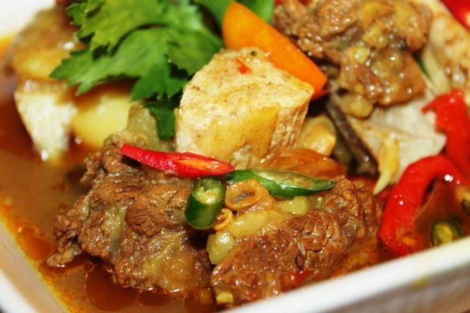 Pindang Tulang makanan khas Palembang