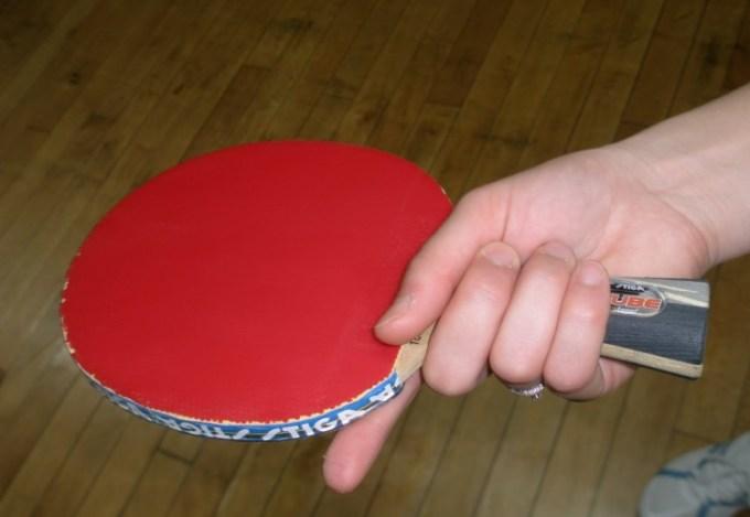 hakehand grip tenis meja