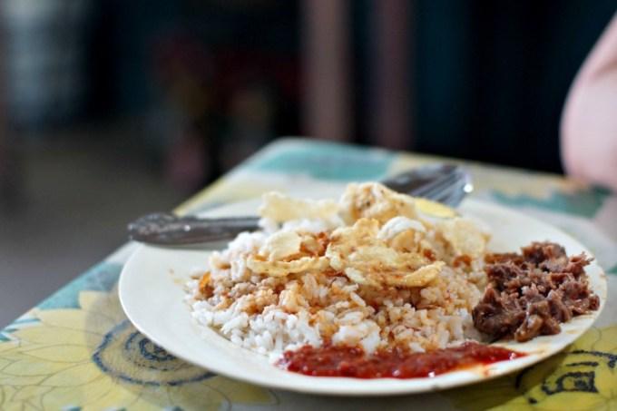 Nasi gemuk makanan khas Jambi