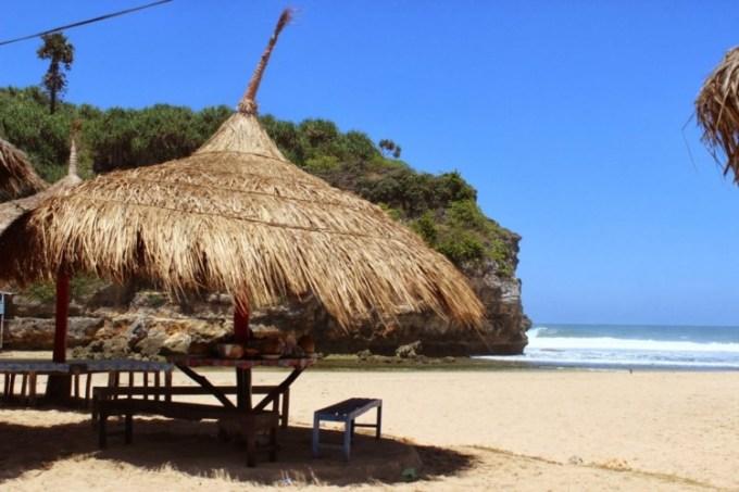 Pantai Drini Gunungkidul Jogja