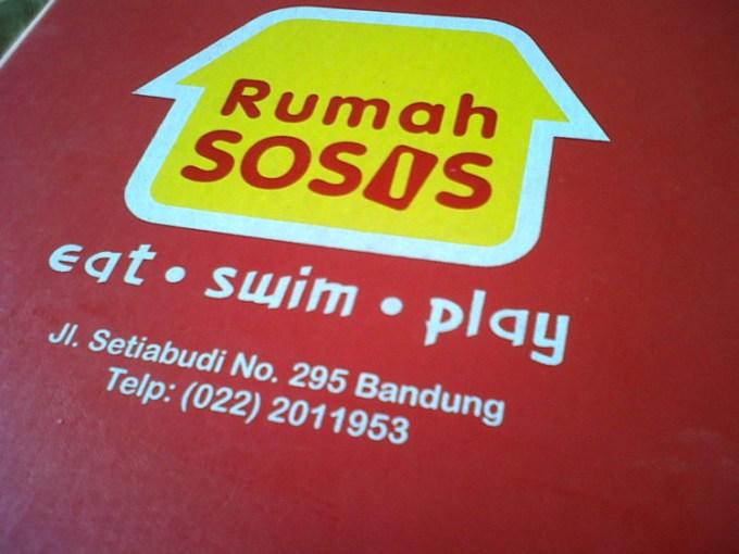 Tempat Makan Rumah Sosis Bandung