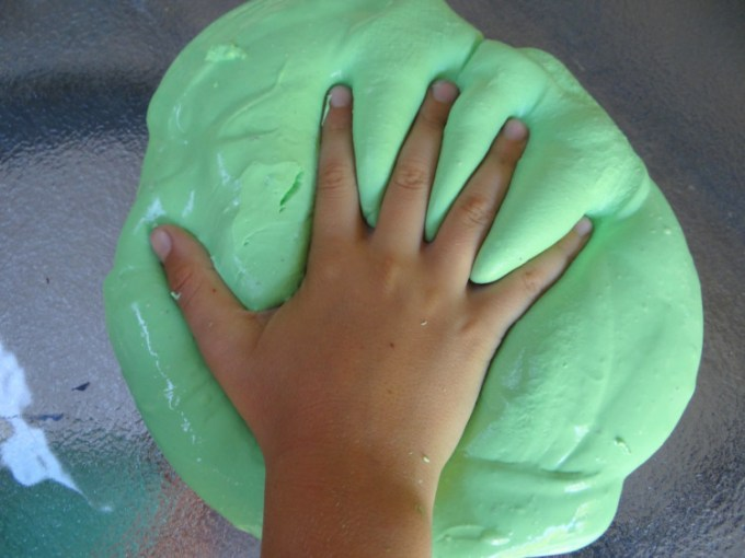 Cara Membuat Slime Hijau
