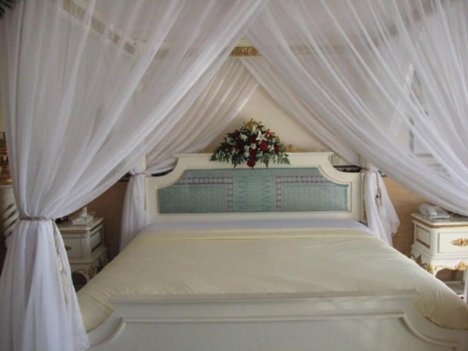 Kamar pengantin modern minimalis