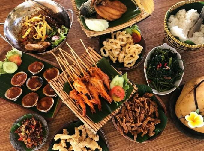 Wisata kuliner Bali Bale Udang Mang Engking