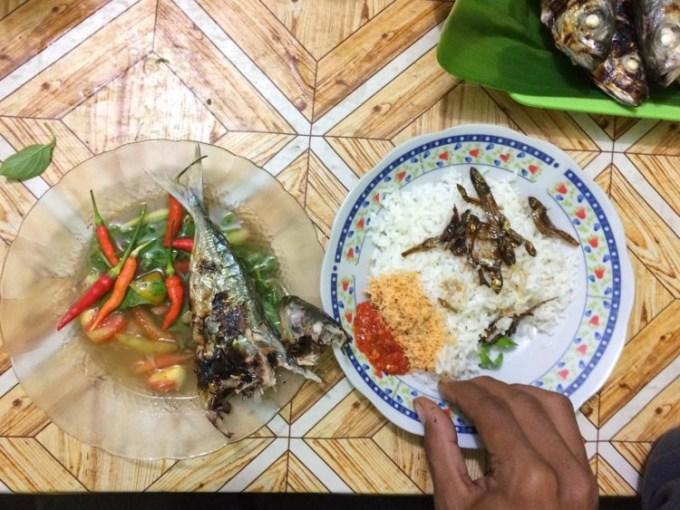 Nasi Kelapa Khas Maluku