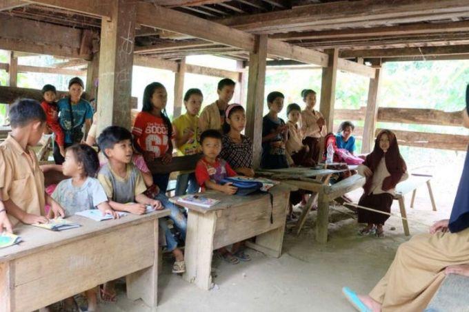 Belajar di pelosok Indonesia