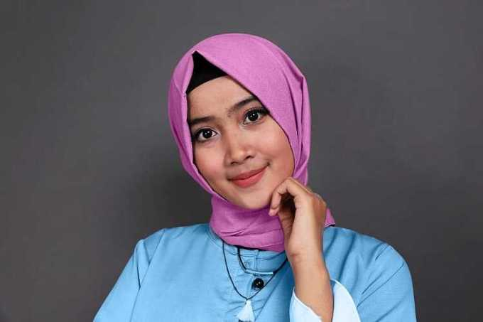 biru muda dan ungu muda - baju biru muda cocok dengan jilbab warna apa