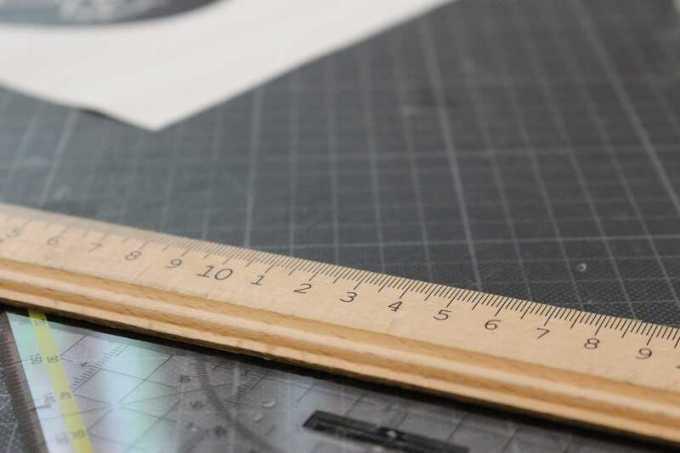 penggaris atau mistar untuk alat ukur panjang