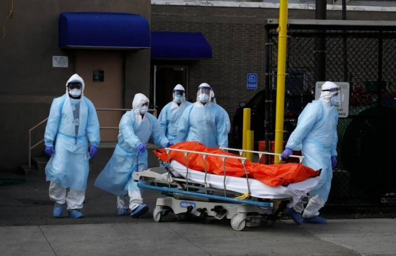 نيويورك تسجل 3565 وفاة.. الأسوأ لم يأت بعد