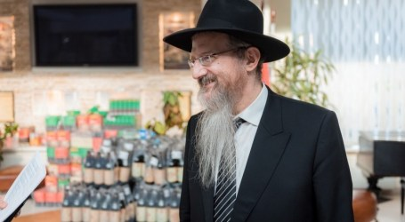 Cerca de 1000 chicos judíos recibieron juguetes en Rusia