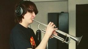 Nils an der Trompete