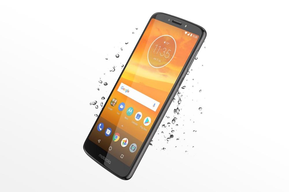 resize moto e5plus pdp fullbleedhalf splash d na Motorola同步揭曉平價機種Moto G6系列,以及大尺寸Moto E5系列