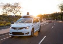 Waymo與亞利桑那州業者合作 開始將自動駕駛導入服務應用