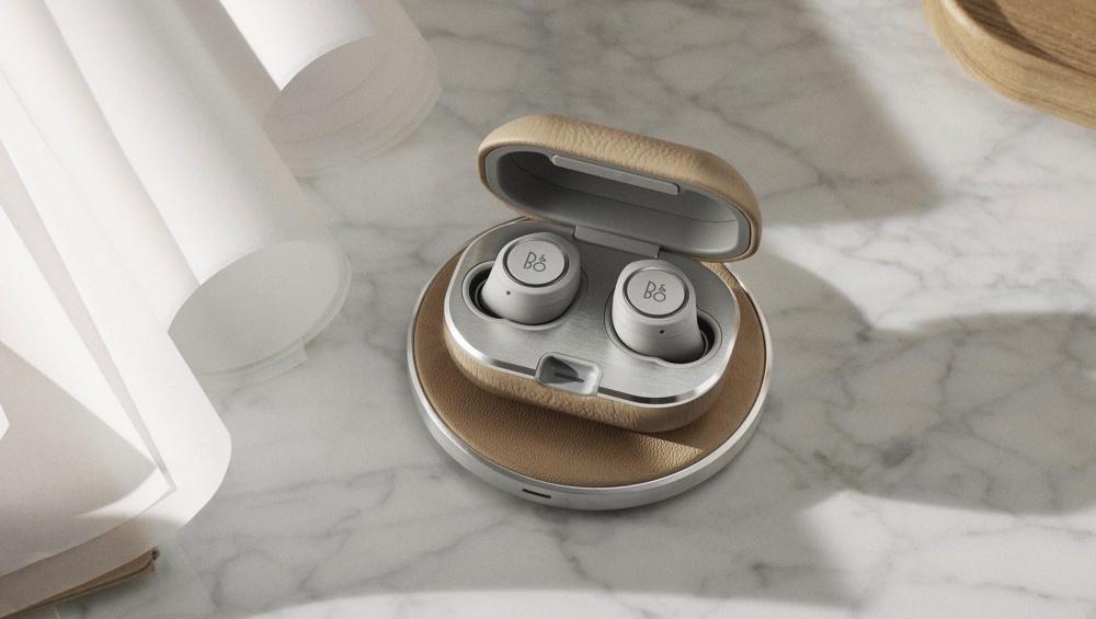 1dc70d4f50b651f B&O推出Beoplay E8 2.0 耳機收納盒加入無線充電功能