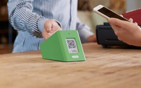 Line makes a big new push to turn Japan cashless 更方便的收款裝置登台 LINE Pay成為台灣最多人使用行動支付服務