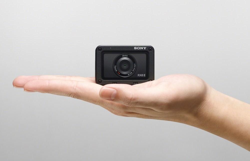 圖3 全球最迷你旗艦級隨身機 Sony RX0 II,顛覆想像超越動靜態拍攝極限! Sony揭曉第二代RX0 II 加入電子防震與麥克風輸入設計