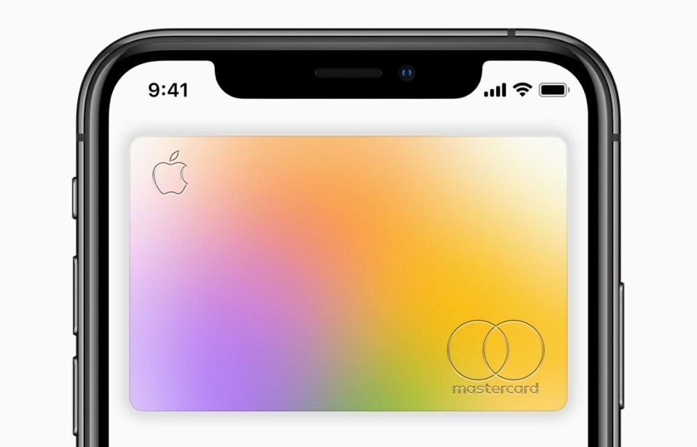 Apple Card available today card on iPhoneXs screen 082019 Apple Card開始開放所有美國用戶申辦,最快1分鐘核卡
