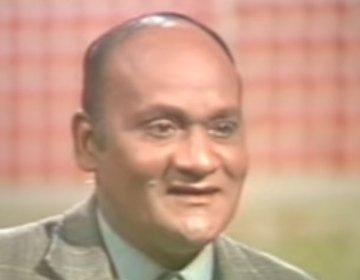 Munir-Hussain-singer