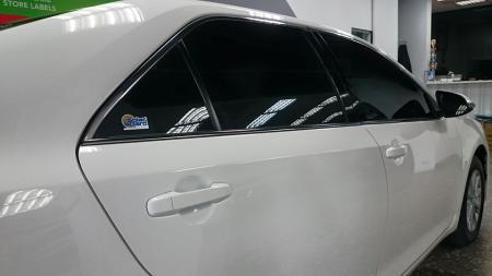 善美德汽車大樓專業玻璃隔熱紙-舒熱佳SOLAR GARD 前檔LX40 車身LX15完工照