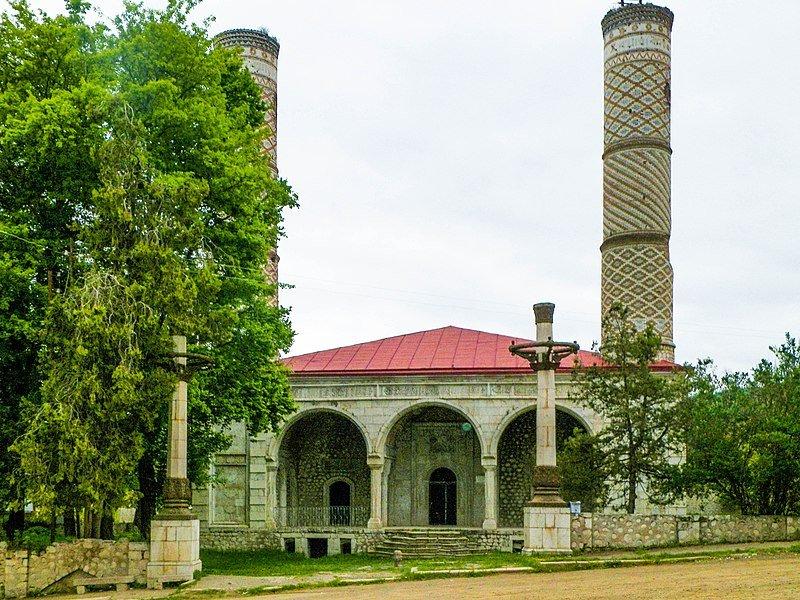 Aserbaidschan befreit seine historische Stadt Schuscha — Bergkarabach