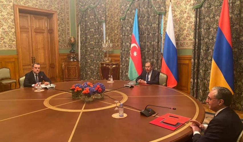 Armenien und Aserbaidschan vereinbaren Waffenruhe für Berg-Karabach