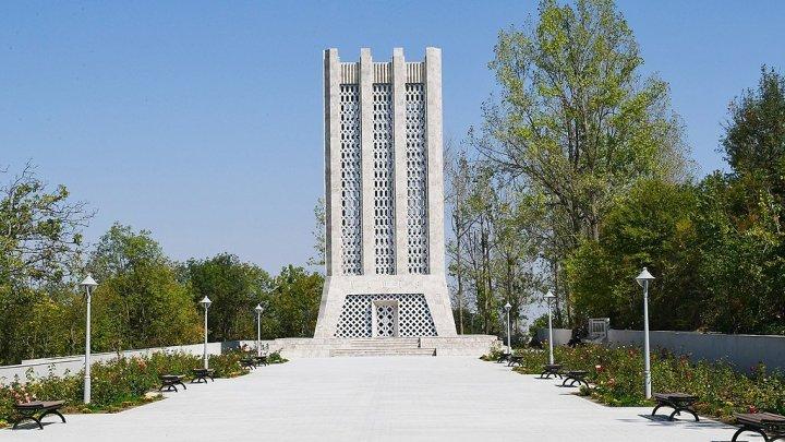 Molla Pәnah Vaqif: Eine Schlüsselfigur der aserbaidschanischen Geschichte
