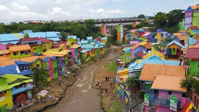 kampung warna warni malang, pesona kampung malang, kampung unik malang