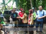 door prize fourteen adventure pada acara Bina Lingkungan dan Konservasi Sempadan Sungai Serayu desa Pegalongan Patikraja (1)