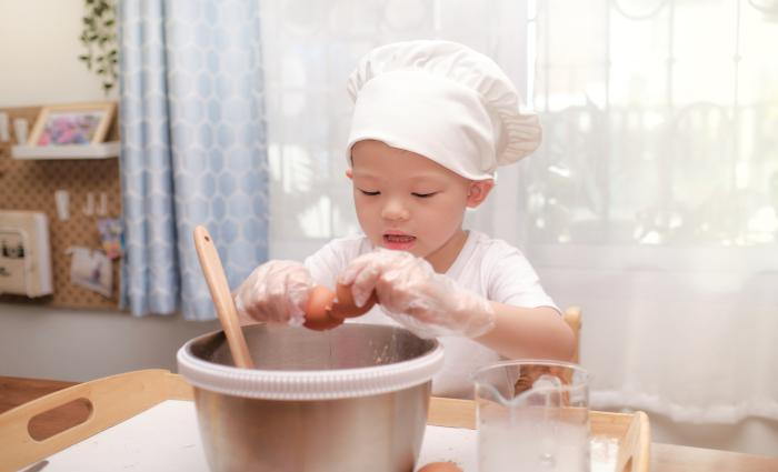Los huevos ofrecen algo más que beneficios nutricionales a los niños