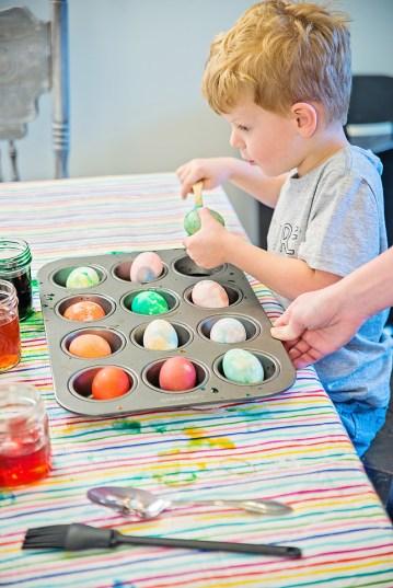 Easter Eggs Kid amazement