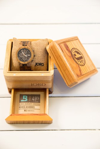 jord conway series walnut jet black unique wood watch product packaging humidifier