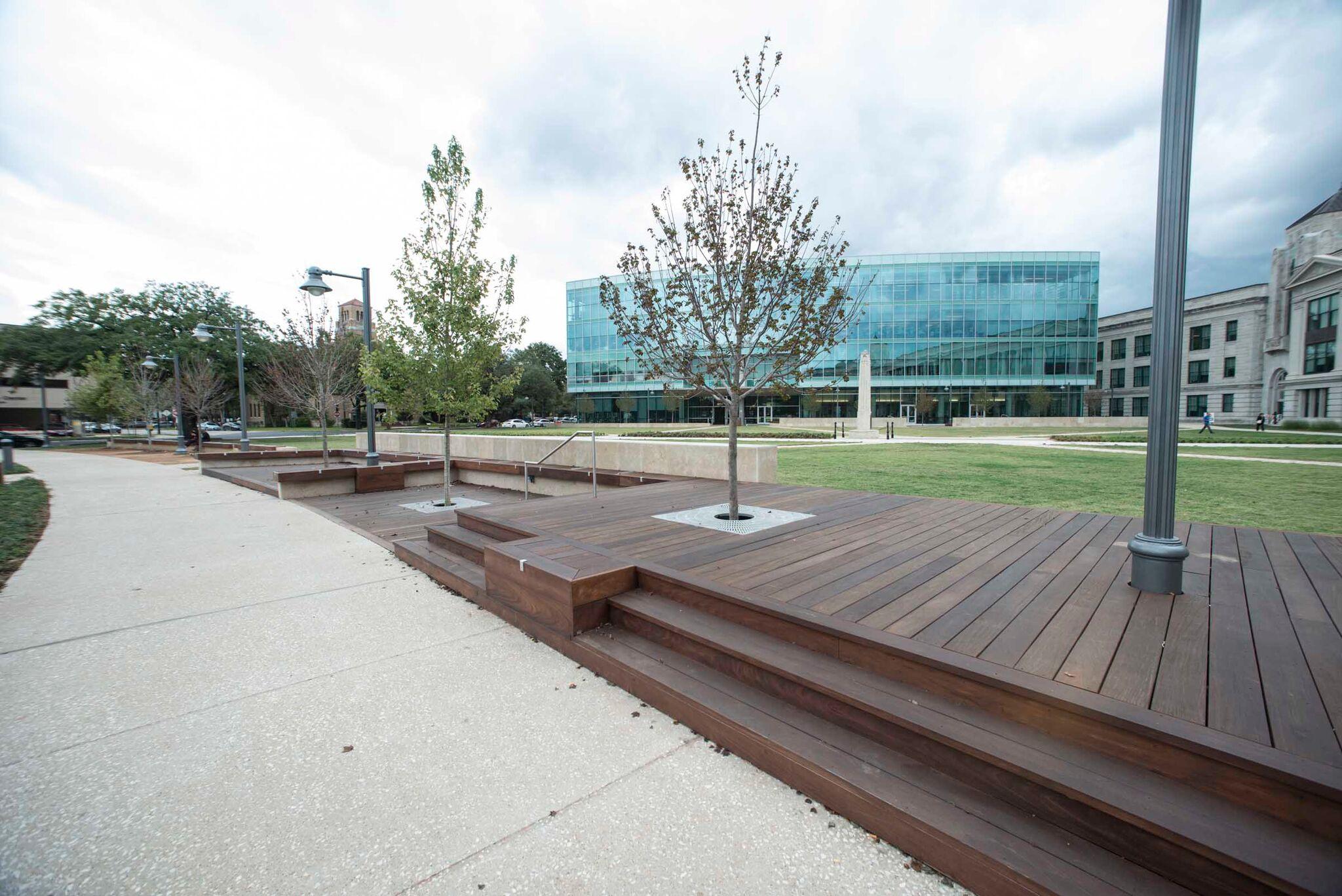 Houston Community College San Jacinto – Ipe Deck