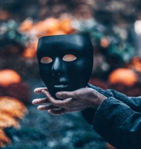 pervers narcissique dans le couple test signes masque