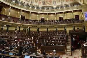Congreso de los Diputados, la mitad de los escaños vacíos