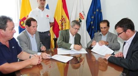 San Bartolomé de Tirajana y Cruz Roja firman el contrato de vigilancia de playas