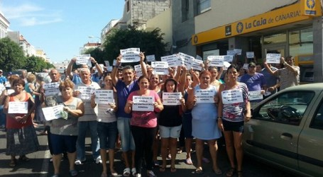 Vecinos de Castillo del Romeral se movilizan contra el cierre de Bankia