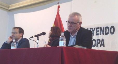 Cayo Lara pidió el voto para IU aclarando la diferencia entre gobierno y poder