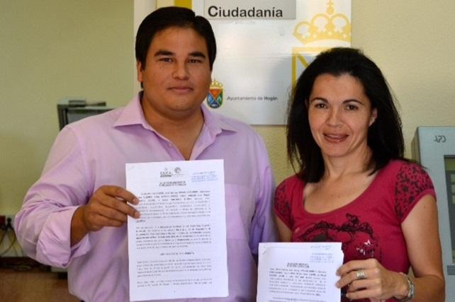 Mencey Navarro e Isabel Santiago, portavoces de Ciuca y NC en Mogán