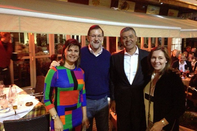 El presidente del Gobierno y esposa con el alcalde de Mogán y la alcaldesa, en Puerto Rico