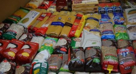 Los tirajaneros entregaron 7.000 kilos de comida a la campaña solidaria municipal