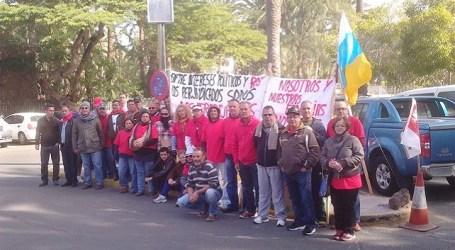 Los trabajadores del hotel Oasis desconvocarán la huelga cuando ellos decidan
